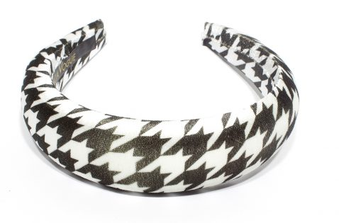 Houndstooth Legacy_Puff